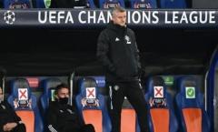 Victor Lindelof ở đâu trong trận thua muối mặt của Man Utd?