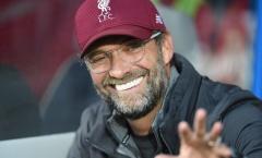 XONG! 'Trấn an' Jurgen Klopp, Liverpool tặng quà cực chất