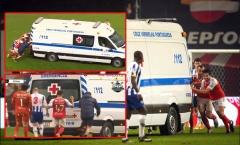 Hy hữu! Cầu thủ đẩy xe cứu thương rời sân vì 1 lý do bất ngờ
