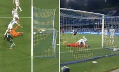 CHOÁNG! Inter nhận bàn thua dở khóc dở cười nhất lịch sử