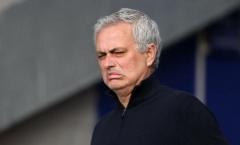 Cầu thủ Spurs ăn mừng khi Mourinho ra đi, chỉ 5 người buồn bã