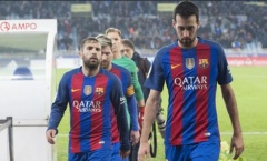 Chủ tịch Barca thanh trừng 2 công thần để giảm quỹ lương