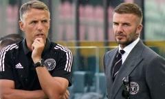 Neville rơi từ thiên đường xuống địa ngục khi đồng ý làm việc cho Beckham