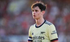 CĐV Arsenal phát cuồng, gọi ngọc thô 17 tuổi là Santi Carzola mới