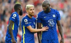 Jorginho tiết lộ sự thật về chế độ rèn luyện của Lukaku ở Chelsea