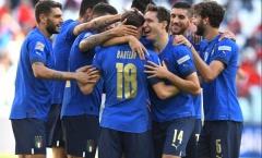 Bén duyên cột-xà, tuyển Bỉ nhận thất bại cay đắng trước tuyển Italia