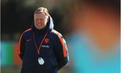 HLV Hà Lan lý giải nguyên nhân chọn De Jong thay vì 'sát thủ' Bundesliga