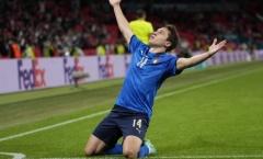 Chelsea rục rịch, Juventus có câu trả lời cho bom tấn hàng công