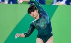 Nữ VĐV thể dục béo đẫy đà được khán giả bảo vệ