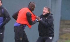 Sự thật vụ Mancini xô xát với Balotelli