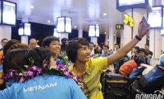Những nhà vô địch SEA Games trở về trong sự chào đón của người hâm mộ