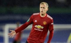 Frank de Boer: 'Người đại diện nói rằng Van de Beek không hạnh phúc tại M.U'