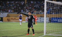 90 phút trở lại đầy khó khăn của 'thủ môn quốc dân' Bùi Tiến Dũng