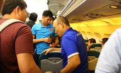 HLV Park Hang-seo nhường ghế VIP trên máy bay cho học trò
