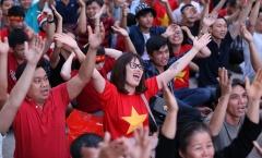 Fan Sài thành vỡ òa cảm xúc cùng ĐT Việt Nam