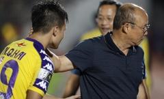 HLV Park Hang-seo quan tâm đặc biệt cầu thủ Hà Nội trên sân Thống Nhất