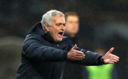 3 'cực phẩm' tuyến giữa khiến đại gia nước Anh phát sốt: 'Mong ước' của Mourinho