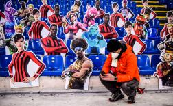 AC Milan chào đón hàng loạt nhân vật nổi tiếng trên khán đài San Siro