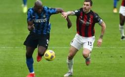 Bị 'người thừa' Chelsea chiếm vị trí, thủ quân Milan phản ứng ra sao?