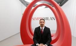 Ibrahimovic bảnh bao trong ngày gia hạn với AC Milan