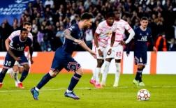 Messi hoàn tất cú đúp với tuyệt kỹ panenka
