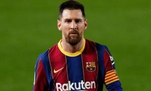 Đối phương 'say máu' khi đuổi theo Messi
