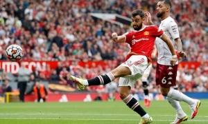 'CĐV Man Utd không thể tin. Cú sốc lớn từ Fernandes'