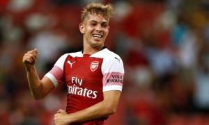 """Thăng hoa tột đỉnh, """"số 10 mới"""" của Arsenal cảm ơn 1 người"""