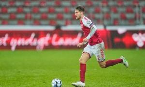 'Đá tảng' Đan Mạch có gì hay để Man Utd, Tottenham theo đuổi?