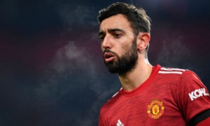 Vì một đồng đội, Fernandes không vội gia hạn hợp đồng với Man Utd