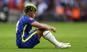 Vụt mất cúp FA, CĐV Chelsea đăng đàn chỉ trích 1 cái tên
