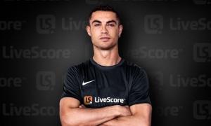 """Ronaldo bất ngờ gật đầu trước """"gã khổng lồ"""", được phong danh GOAT"""