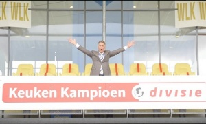 5 năm sau khi bị M.U sa thải, Van Gaal trở lại ghế HLV theo cách đặc biệt