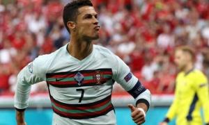 'Ghi bàn penalty vào lưới chúng tôi, Ronaldo ăn mừng như thể chung kết'