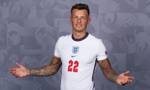 Lộ diện cầu thủ Arsenal làm công tác tuyển trạch Ben White