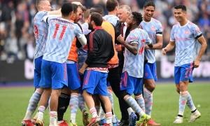 Hai trận đấu quan trọng giúp Man Utd lên đỉnh Premier League