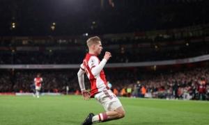 Arsenal nối dài mạch bất bại, Piers Morgan ca ngợi sao trẻ