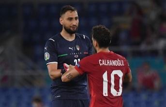 Nhạt nhòa trong trận khai mạc, truyền thông Italia chỉ trích sao Milan