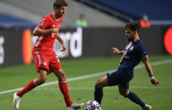 PSG đón chào Juan Bernat trở lại sau hơn một năm nghỉ thi đấu