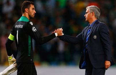 Xác nhận: Sao Premier League chờ về đội Mourinho