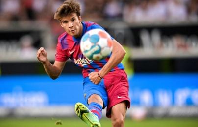 Vồ hụt Xhaka, Mourinho muốn mượn Riqui Puig