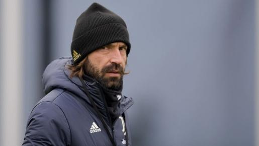 Pirlo tỏ vẻ khó chịu, dàn sao Juve không nở nụ cười trên sân tập
