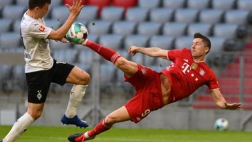 'Cuồng phong' Bayern giã nát đối thủ 6-0, vô địch Bundesliga sớm 2 vòng