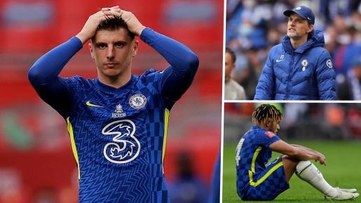 Thất bại cay đắng, toàn đội Chelsea đổ gục xuống sân