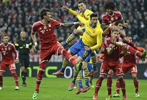 Chưa đá, người của Bayern đã khinh thường Arsenal
