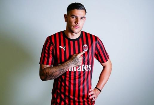 Tôi đến đây giúp Milan quay lại Champions League, nơi mà họ thuộc về