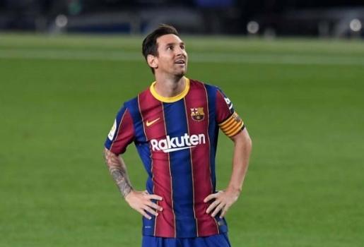 PSG cần cầu thủ Chelsea đó, không cần Messi để vô địch