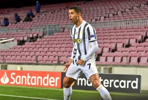 Đánh sập Nou Camp, Ronaldo làm điều khiến tất cả ngưỡng mộ