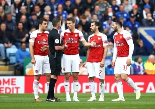 Emery phá vỡ kỷ lục đáng buồn của Wenger - Bóng Đá