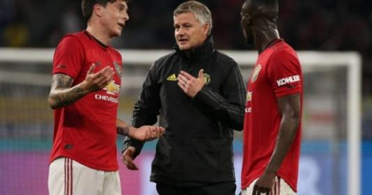 Bailly tiết lộ lời khen Solskjaer dành cho mình ở Man Utd | Bóng Đá